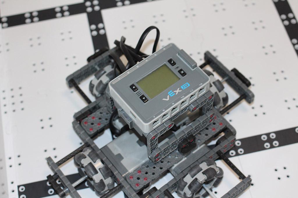 Robotics club holonomic robot top view