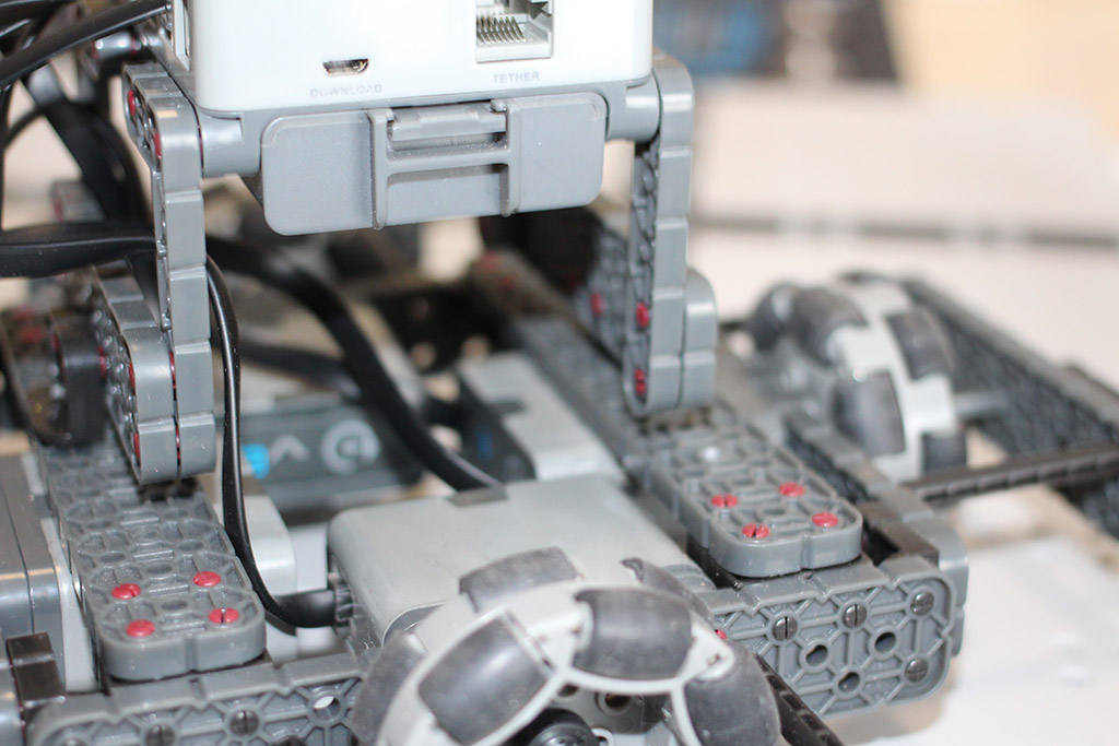 Robotics club holonomic robot