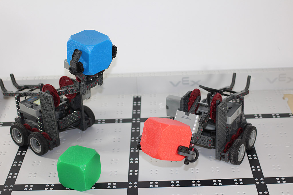 Robotics club claw bots