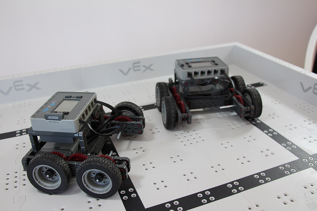Robotics club teams base robot