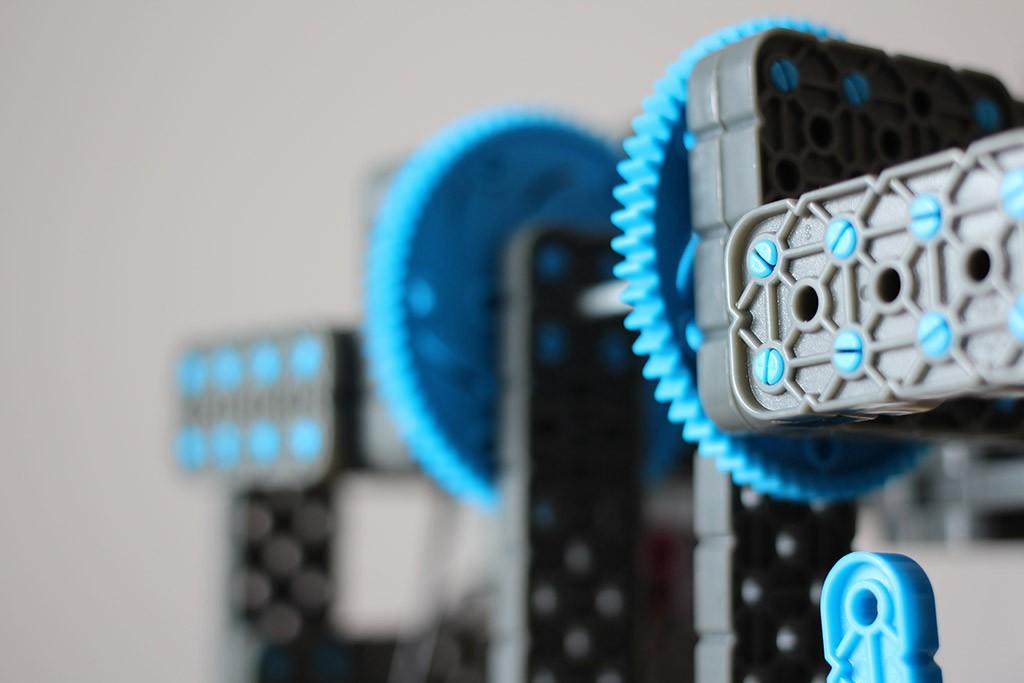 Vex IQ robotics club 03-18-2014 Practice