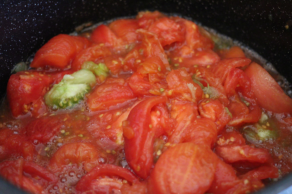 heating tomatoes for canning