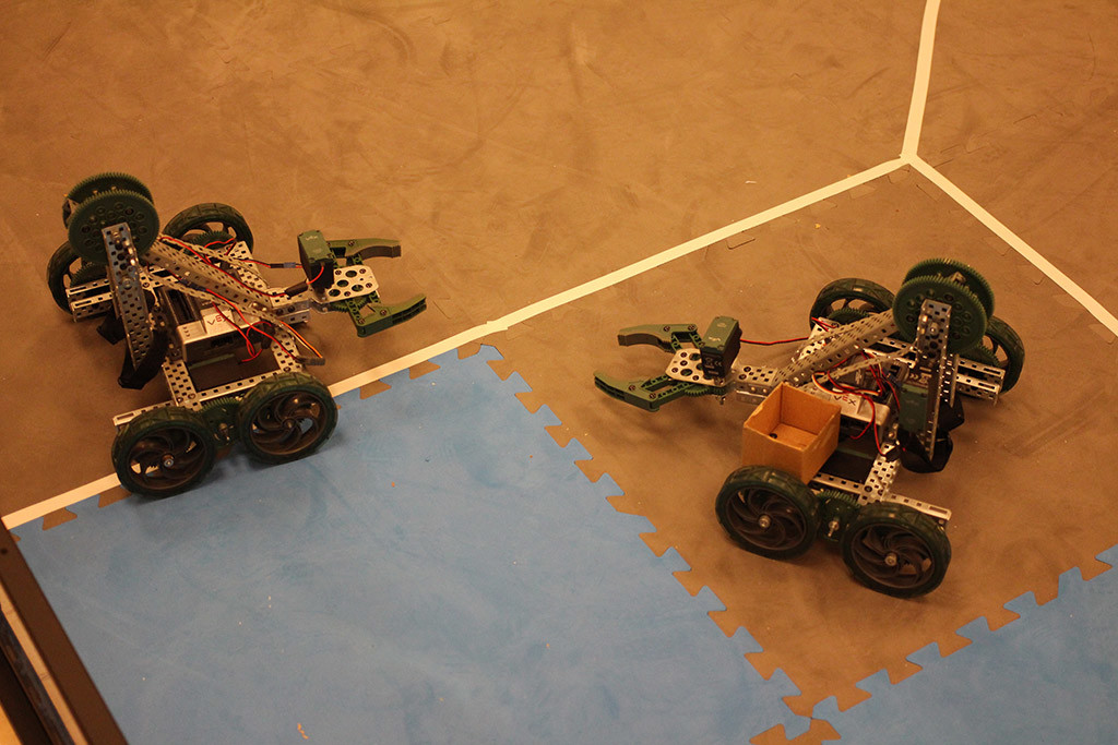 two vex robots
