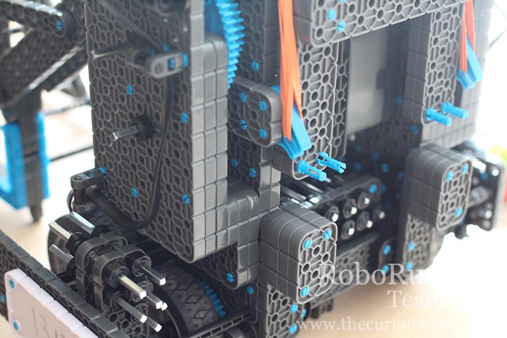 RoboRunners Vex IQ robot